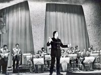 Оркестр Олега Лундстрэма. Солист Анатолий Могилевский 1971г.